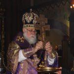 Епископ Николай совершил Чин Воздвижения Честного и Животворящего Креста Господня